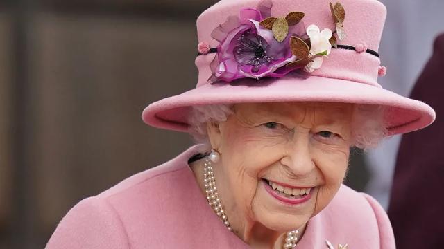 谁将接替伊丽莎白女王登上王位