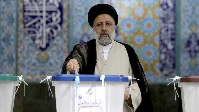 伊朗新当选总统态度强硬;他要与美国脱钩,并拥抱中国