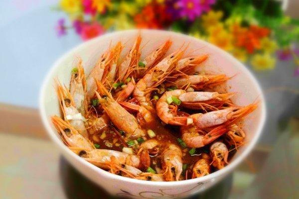 蒸虾的做法,十二道锋味复刻蒜香蒸虾的做法步骤