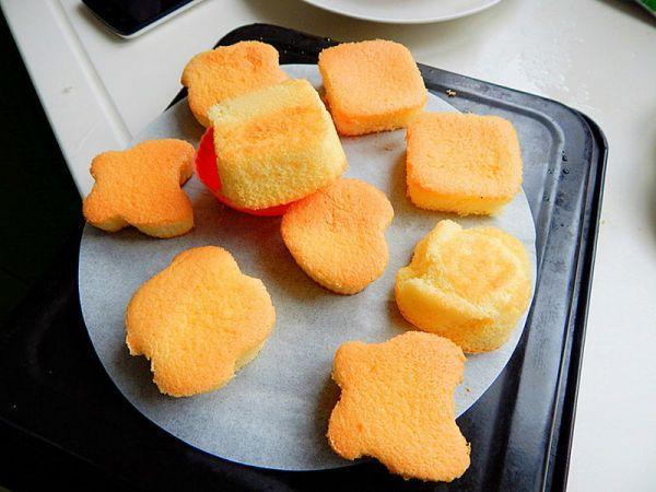 海绵蛋糕的做法,海绵小蛋糕的做法