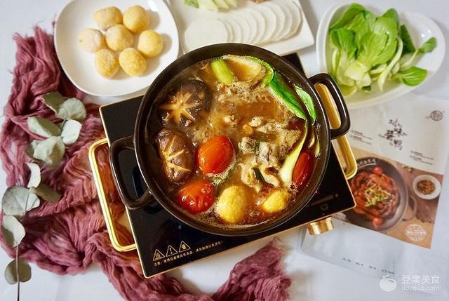 酱鸭的吃法,对味酱鸭,一锅两吃#食光社干锅鸭#