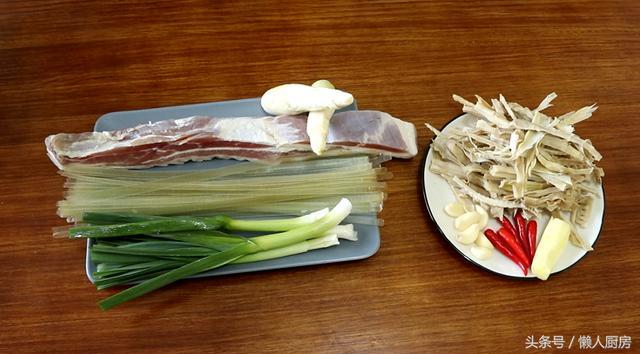 香的做法,腊肉这样做,越吃越香,做法简单易学,一大锅不够吃