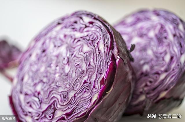 紫甘蓝怎么做好吃,凉拌紫甘蓝做法,跟我学保证酸甜脆口又凉爽开胃,比泡菜简单好吃