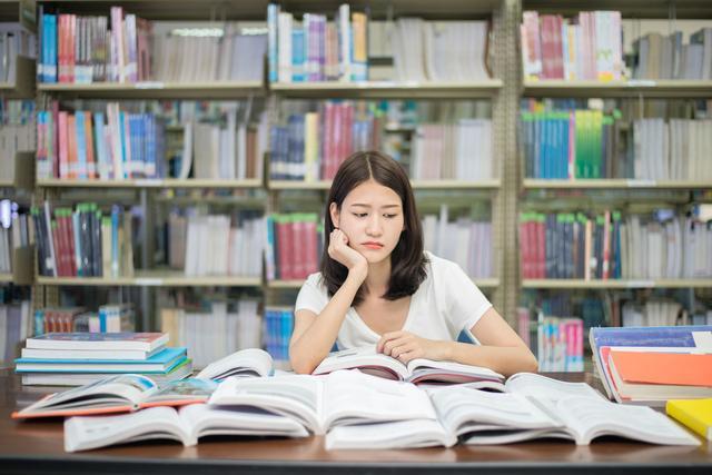 """教语文,""""语文为王""""的时代,我们靠什么教语文?把握好这十个教学理念"""