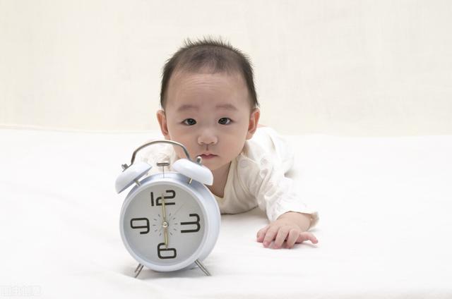 婴儿期,每天学点《儿童发展心理学》——整合身体系统:婴儿期的生活周期