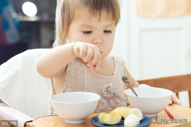 婴儿厌食,宝宝食欲减退,妈妈先别勉强宝宝吃!若有这4种症状,说明生病了
