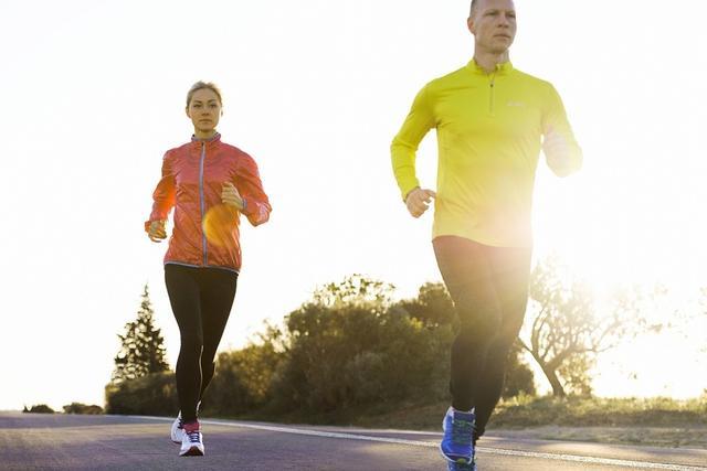 形容跑步的句子,15条跑步的励志语录,送给2020的你