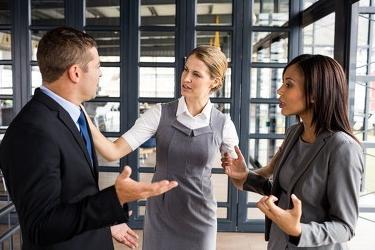我有特殊沟通技巧,沟通技巧:同事之间难免有磕碰,高手教你如何化解危机,增进感情