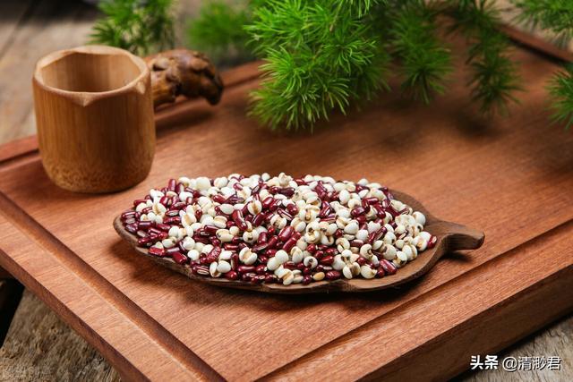 米仁的吃法,68岁婆婆常吃红豆和薏米,不煮粥不煲汤,这样做连老公也吃了好多