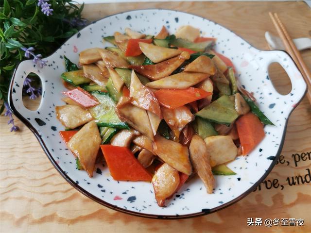 蘑菇的做法,炒蘑菇不用放肉,这样炒,鲜香味浓,好吃下饭,口感比吃肉还好
