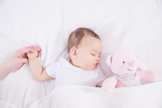 婴儿用品连锁加盟,生育率逐年下降,千亿母婴用品市场增长空间几何