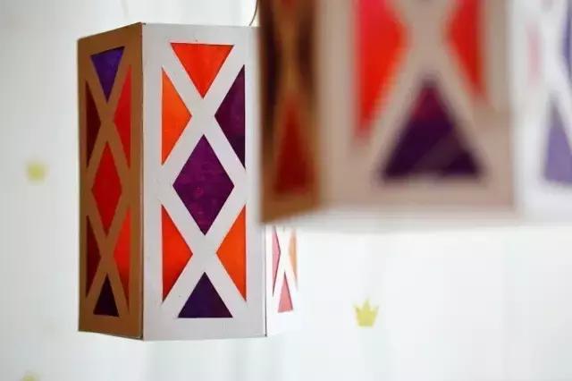 纸灯笼的做法,【手工乐趣】 教你做灯笼,学会以后每天都是浪漫满屋(附模板)