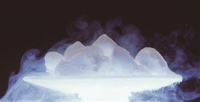 干冰怎么做,十八般武艺俱全的干冰