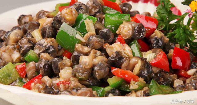 螺丝肉的做法,经典农家菜,双椒爆炒螺丝肉,还是自己在家做的最干净!