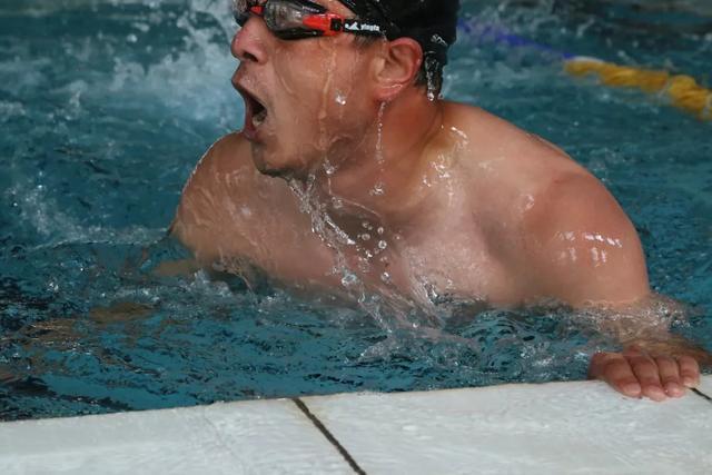 游泳成绩查询,「今日赛事」游泳个人赛男子200米、女子100米成绩公布