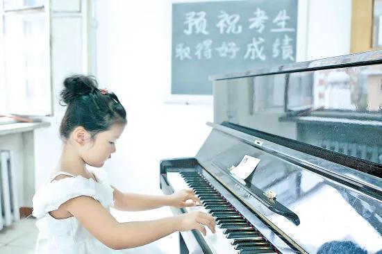 钢琴考级成绩查询,钢琴考级时千万不能犯的4个错误!考生们注意了