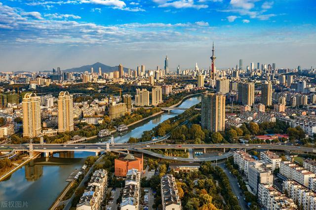 2019年31省市居住人口增加量|中新经纬人口流动的发展趋势