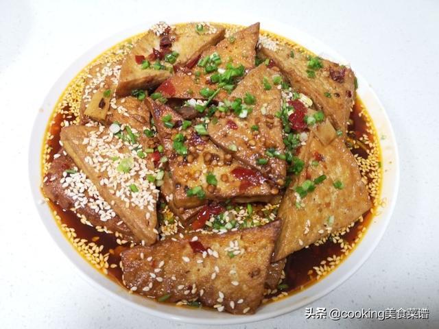 老豆腐的做法,健康菜谱,家常老豆腐做法,简单美味下饭,一道不错的豆腐菜谱