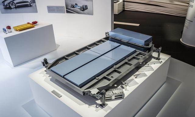 未来汽车将选用化学变化储能技术还是氢燃料发电量?