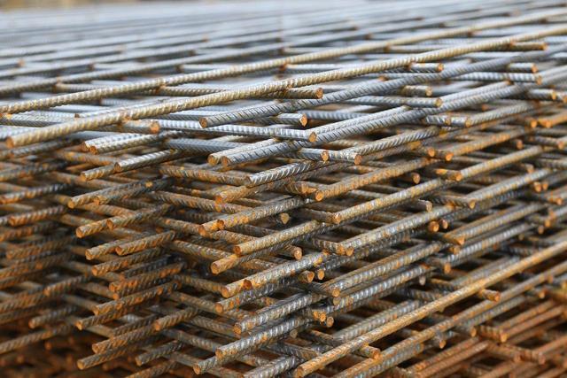 """钢材价格暴涨,废旧钢材涨成天价?依据中国经济时报的报导,""""太"""