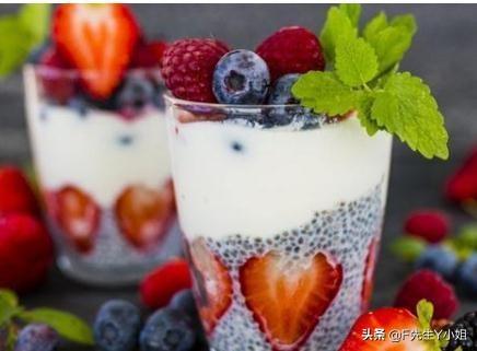 鲜草莓的吃法,草莓最好吃的12种做法全在这里 欲罢不能 爱吃草莓的一定不要错过