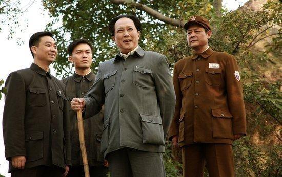 """姓毛的名人,毛主席是无神论者,却也信""""上帝"""",曾说:惹怒""""上帝""""必垮台"""