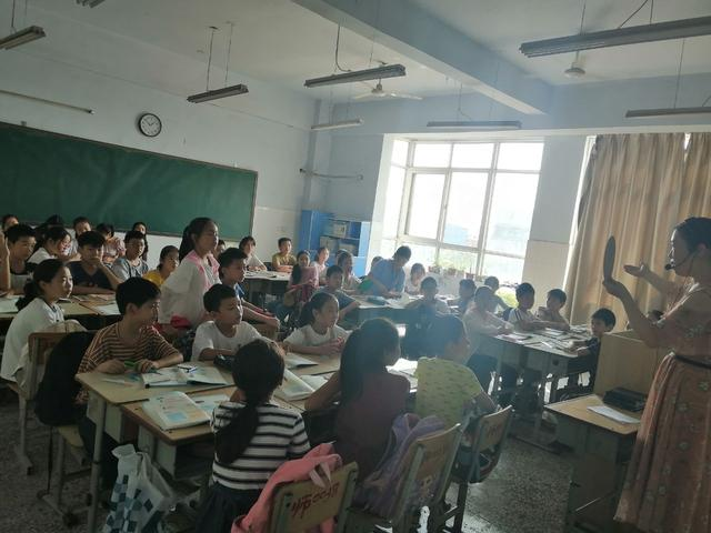 师家河小学数学组教研——推门听评课《圆的周长》