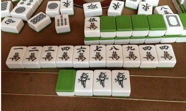 麻将怎么打,打了十年麻将总结的3个绝佳出牌套路