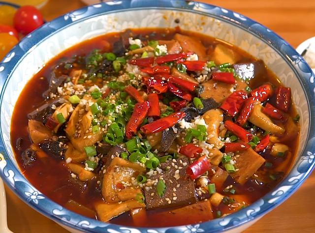 毛血旺的做法,毛血旺家庭版做法,用料简单,做法简单,麻辣鲜香,开胃又下饭
