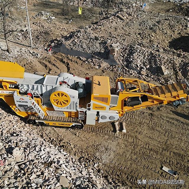 设备品种,破碎机是制砂生产线的首道设备,常用的破碎机种类有哪些呢