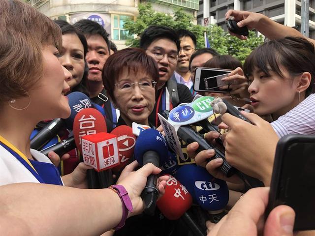 洪秀柱批民进党当局以意识形态防疫,拒绝进口大陆疫苗