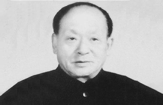 荣的名人,1957年伟人下令,将王盛荣从副处级升为副省级,他究竟是谁?