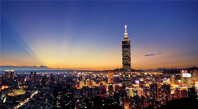 台湾的地理位置有多重要?控制美日的咽喉要地,看地图解析台湾