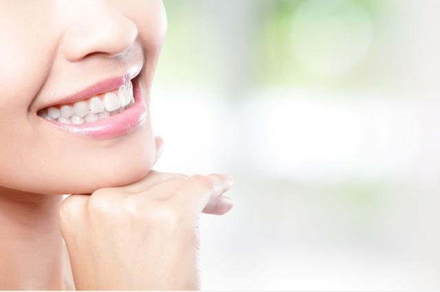 牙黄怎么快速变白,为什么认真清洁牙齿,还是会发黄?试试这几招让黄牙轻松变白