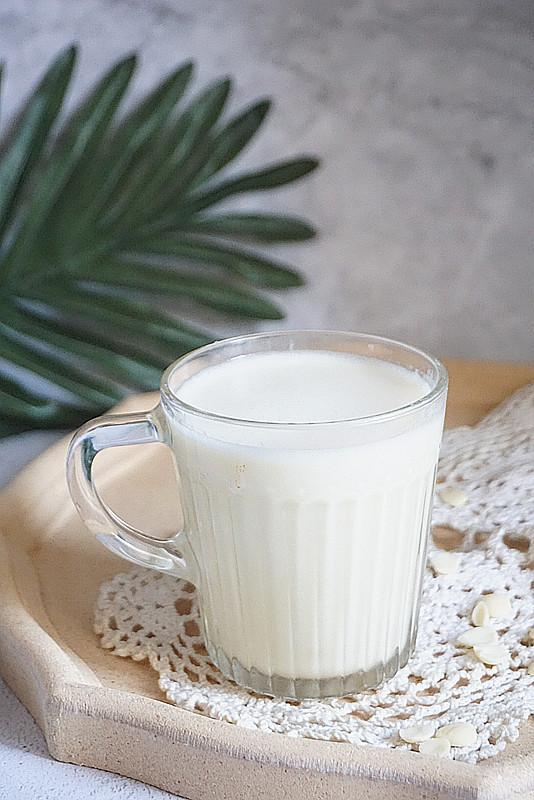 杏仁的吃法,营养早餐杏仁豆浆,教你一招又香又稠,比快餐店卖的好喝太多