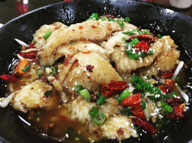 水煮鱼的做法,这才是水煮鱼正宗的做法,牢记几个要点,鱼肉嫩滑无腥味,太香了