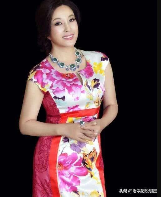 刘晓庆简介,刘晓庆:同母异父的妹妹,见证了我的沧桑与眼泪