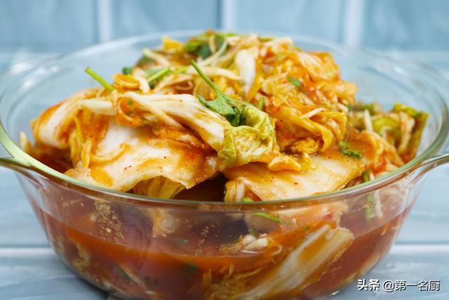 泡菜的做法,奶奶30年泡菜秘方公开,清脆爽口,开胃下饭,最适合三伏天食用