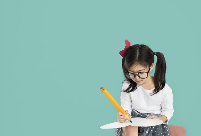 关于小学作文,小学作文范文:关于夏天的范文12篇