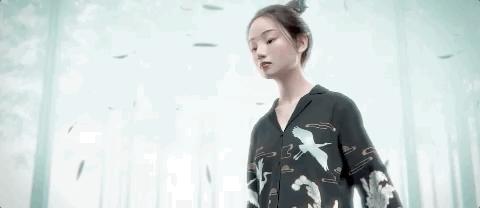 2021年央视春晚,虚拟偶像洛天依走上
