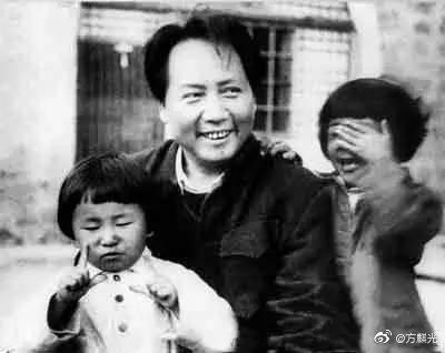 关于毛泽东的诗,毛泽东经典诗词70首,首首大气磅礴,纵横万里