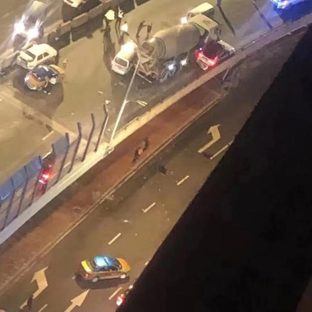 痛心!二环桥坠亡事故,一场车祸两个家庭…