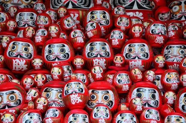"""达摩寓意,为什么日本的""""だるま(达摩不倒翁)""""都""""有眼无珠""""?"""