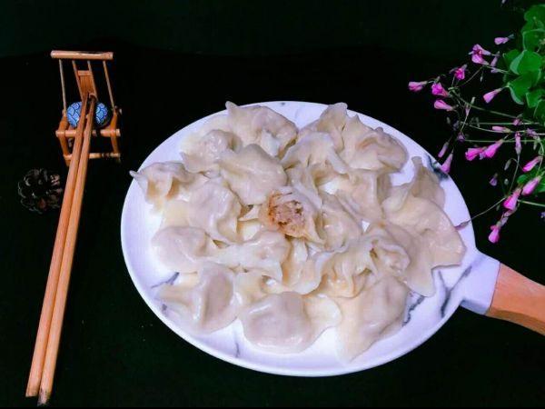 胡萝卜饺子馅的做法,#馅儿料美食,哪种最好吃#红萝卜馅饺子