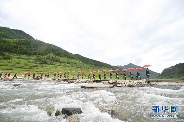 """6月14日是什么节日,贵州从江:壮族同胞欢度""""跳水节"""""""