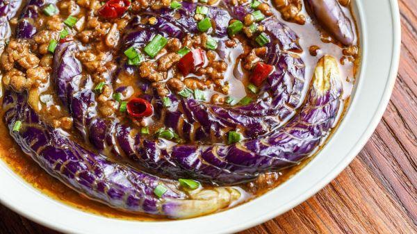 肉末茄子的做法,「蓑衣茄子」肉末茄子整容版:我就靠脸吃饭