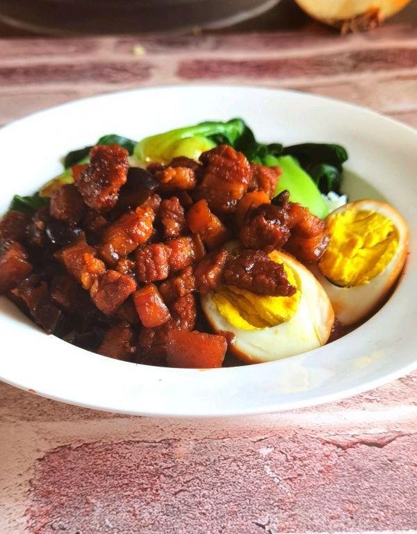台湾美食,台湾卤肉饭—肥而不腻,瘦而不柴,特别好吃