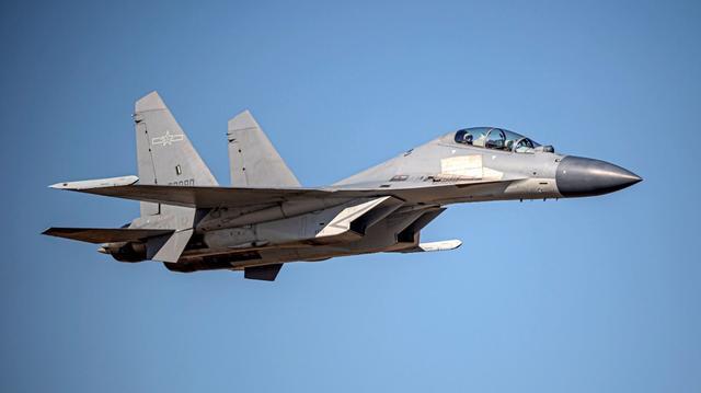 台防务部门声称:11架次解放军军机今日进入台湾西南空域