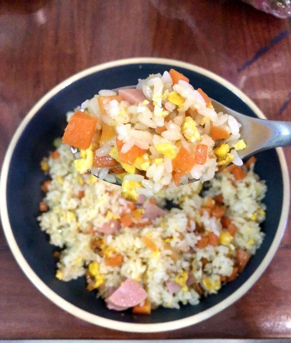 炒米饭的做法,简单快手,超级好吃,你一定要学的蛋炒饭的简单做法