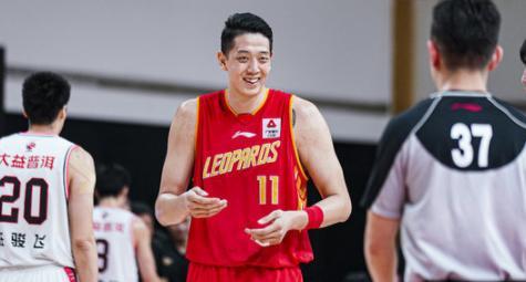 沈梓捷当选CBA三月月度最佳防守球员